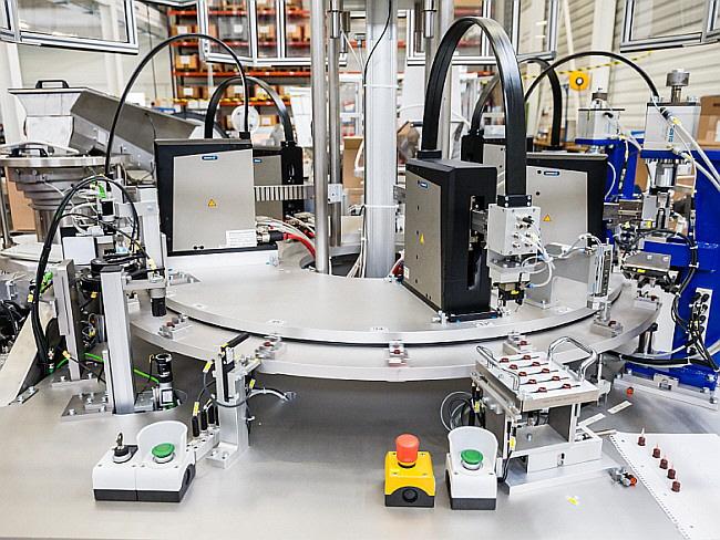 Aerne Engineering - Highspeed-Montagezelle