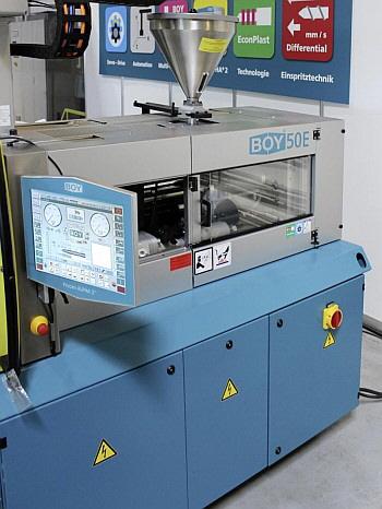 Thomatech AG - BOY Spritzeinheit SP 170